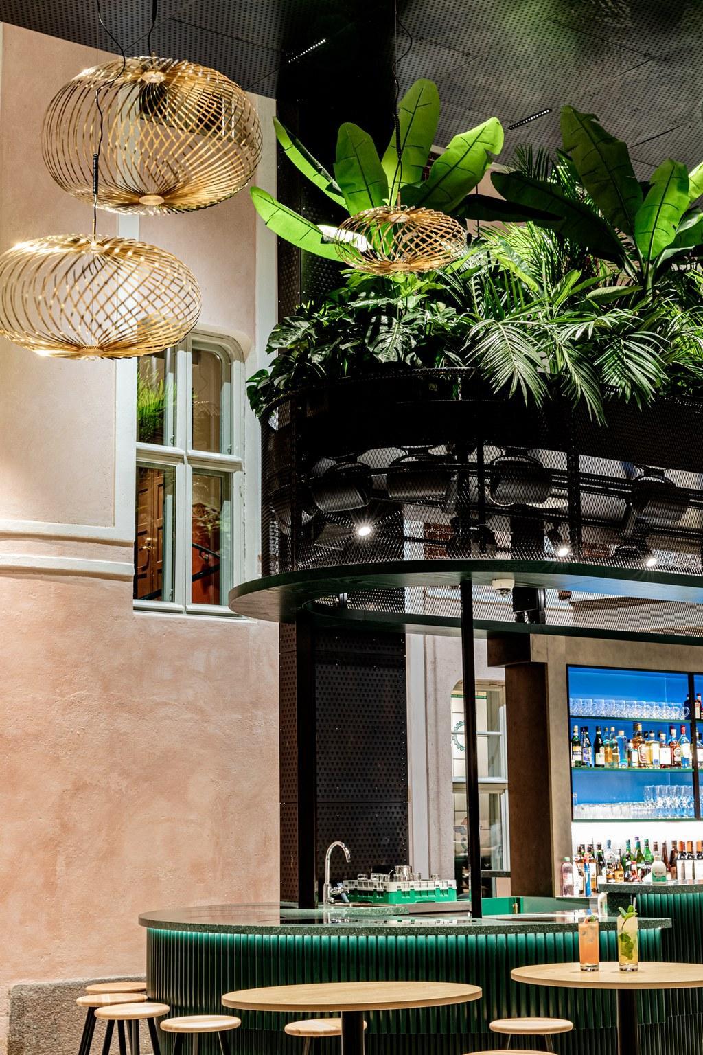 Gillet Bar & Bistro